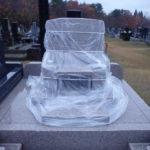 青森市営・月見野霊園にてお墓の雪囲いをしてきました